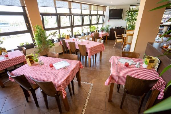Penzión Ristorante Pizzeria Toscana, Nitra, Dovolenkujte na Slovensku